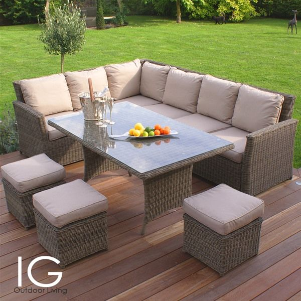 Maze Rattan Winchester Corner Dining Set brings casual dining garden furniture with a natural cane look