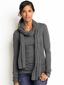 gray gray gray: Tees, Gray Outfit, Gray Sweaters, Scarves, Scarfs, Grey Tops, Bananas Republic, Gray Color, Gray Gray