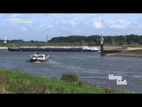 Rivier De Waal - Verkeerspost Nijmegen - YouTube