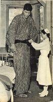 Yoshimitsu Matsuzaka - The tallest man Japan