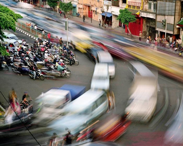 Jakarta traffic - Visit http://asiaexpatguides.com to make the most of your experience in Indonesia!