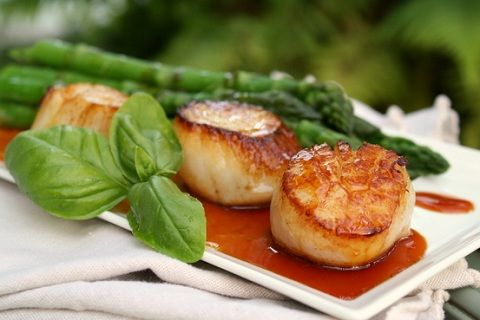Scallops with Caramel-Mandarin and Soy Sauce (from Rustic Garden Bistro)