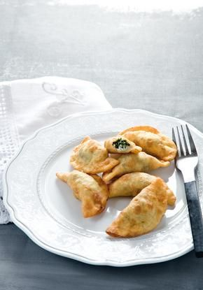 Greek style fresh cheese mini pies with nettle and mint