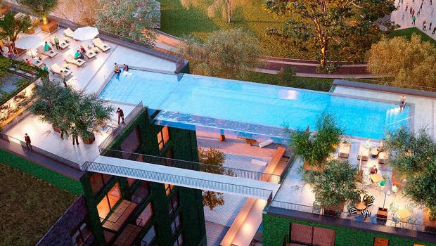 Floating Above London, This Invisible Pool Lets You Swim Laps In The Sky