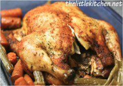 Ultimate Whole Chicken in a Slow Cooker - This slow cooker chicken recipe is seasoned to perfection and isn't hard to prepare.!!