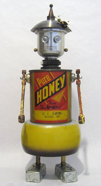 ≗ The Bee's Reverie ≗ Honey Robot Sculpture by Rivethead Robotics, via Flickr