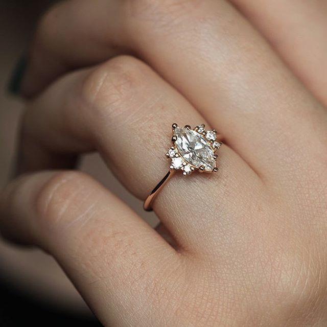 1.6Ct Round Cut White Diamond Crown Engagement Wedding Solid 14K White Gold Ring