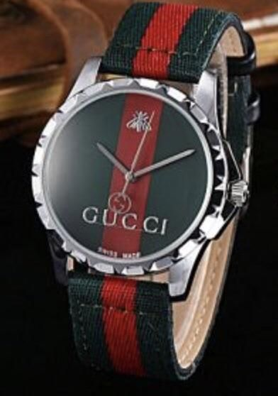 f67c6b2f264 Gucci Men s and Women s Watch