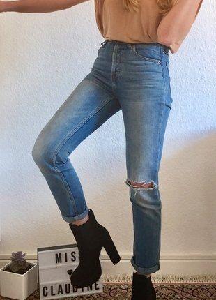 Kaufe meinen Artikel bei #Kleiderkreisel http://www.kleiderkreisel.de/damenschuhe/stiefeletten/150142212-schwarze-plateau-booties-wildleder-hm-premium-qualitat-neu