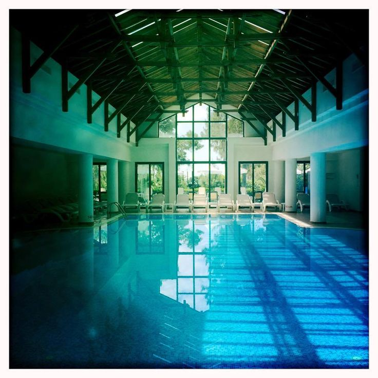 Indoor pool (photo was taken by our guest Mike).