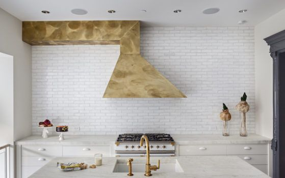 30 Incredible Kitchens on The Study: The @1stdibs Blog | https://www.1stdibs.com/blogs/the-study/kitchens/