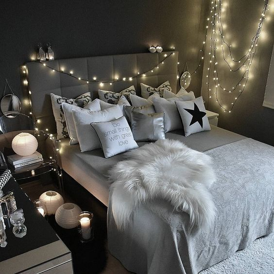 Cute wouldn't do all this but love the lights and decor