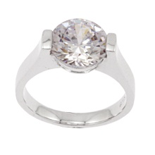 """""""Moonlight""""  $69.99 CAD -   This magnificent ring features a clear triple A cubic zirconia set in a gleaming GOLD FINISH (not available in silver). Nickel and lead free. Size 8."""