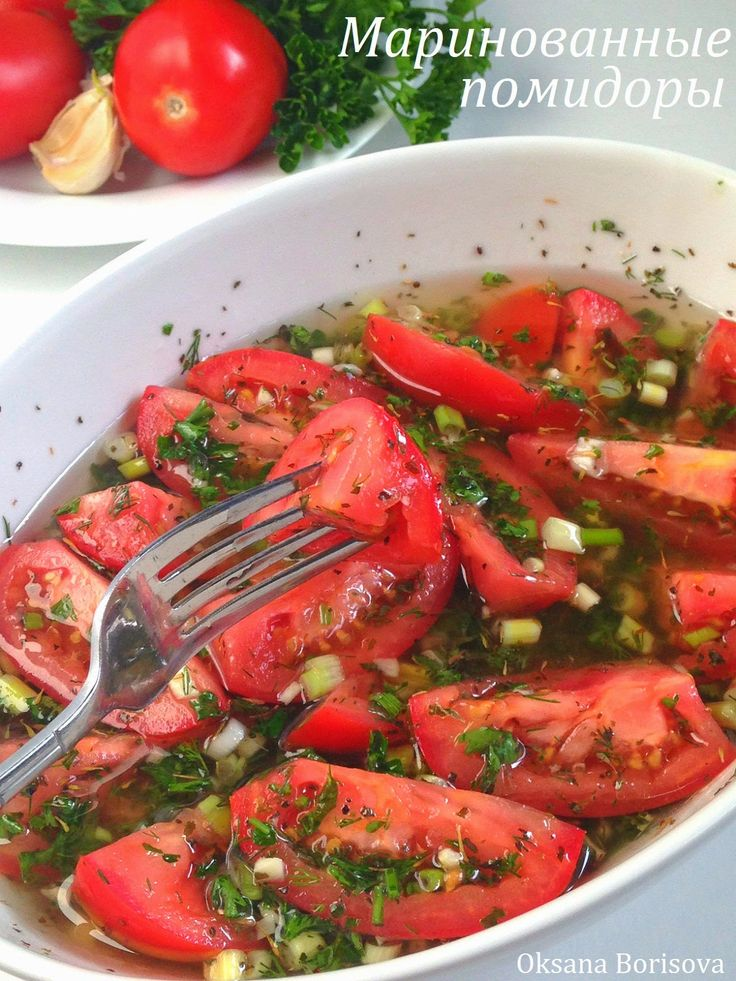 1 кг помидор 1 ст.л. соли 4 ст.л. сахара 50 мл 6% уксуса 50 мл растительного масла 1-2 шт красного сладкого перца 1 горький перец ...