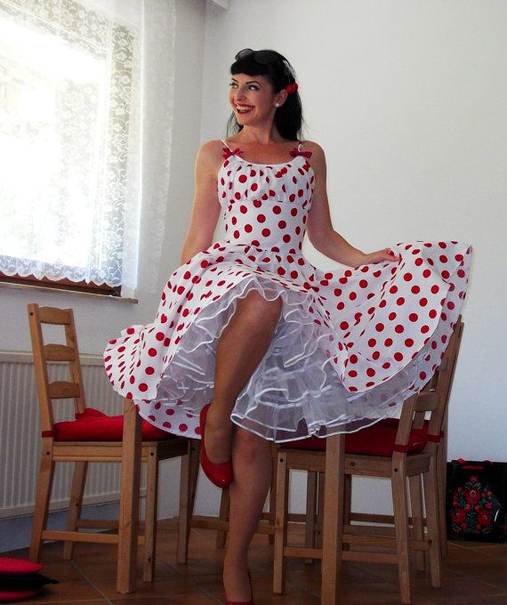Pinup dress 'Rockabilly Summer White Dot' by PinupDollCollection