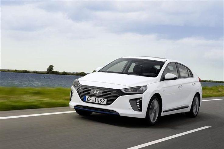 Lancée à l'automne 2016, la compacte hybride Hyundai IONIQ est disponible en variantes hybride, électrique et bientôt hybride rechargeable