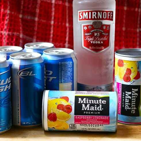 """The classic """"Hop, Skip and Go Naked"""" (sometimes charmingly referred to as """"Pink Panty Dropper"""") is a magical mixture of lemonade, cheap beer, and vodka./ 23 Shameless Ways To Get Drunk That Are Actually Brilliant"""
