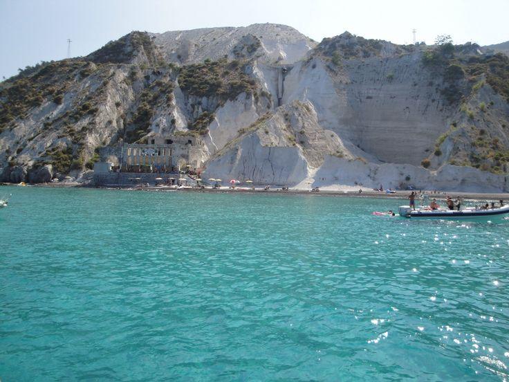 #Lipari Spiaggia sulla Cava di Pietra Pomice
