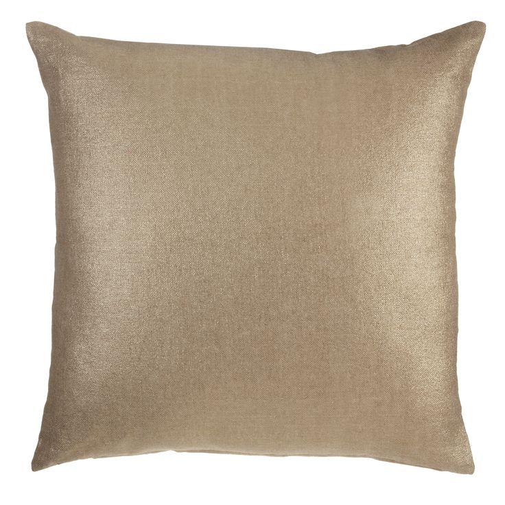 Sierkussen KAAT Tyler Gold - NIEUWE COLLECTIE | Cushion KAAT | http://www.livengo.nl/beddengoed/sierkussens | #kussen #goud #slaapkamer #livengo