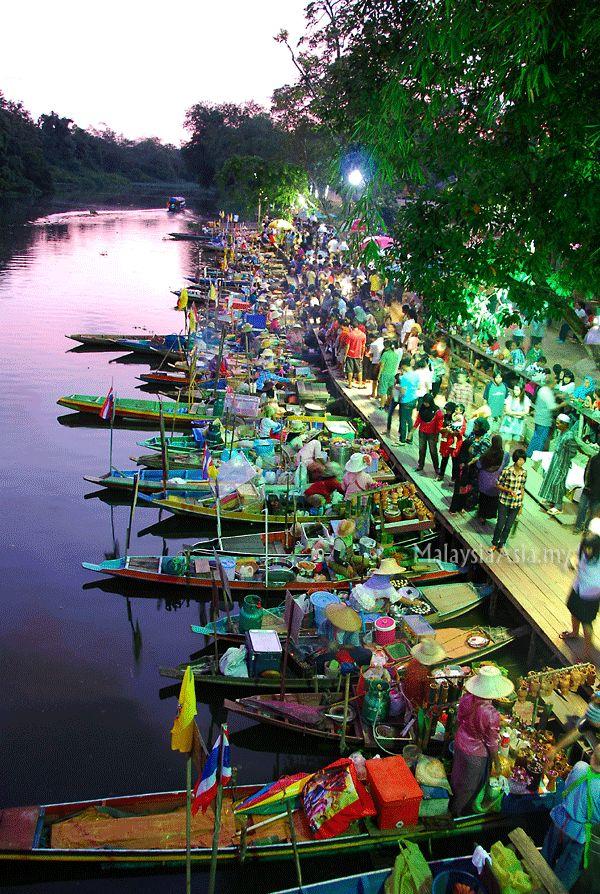The floating markets of Hat Yai, Thailand! #Thailand #HatYai #2months