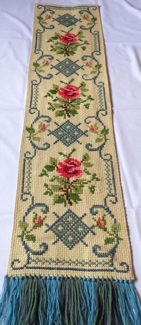 Vintage linen tapestry Handmade wall hanging / Picture / table