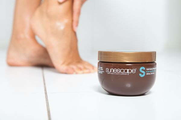 Nourish, strengthen & extend the life of your tan. Our Hydrating Body Butter is infused with cocoa, shea & exotic nut oils to lock in moisture, revive & hydrate skin. #sunescapetan
