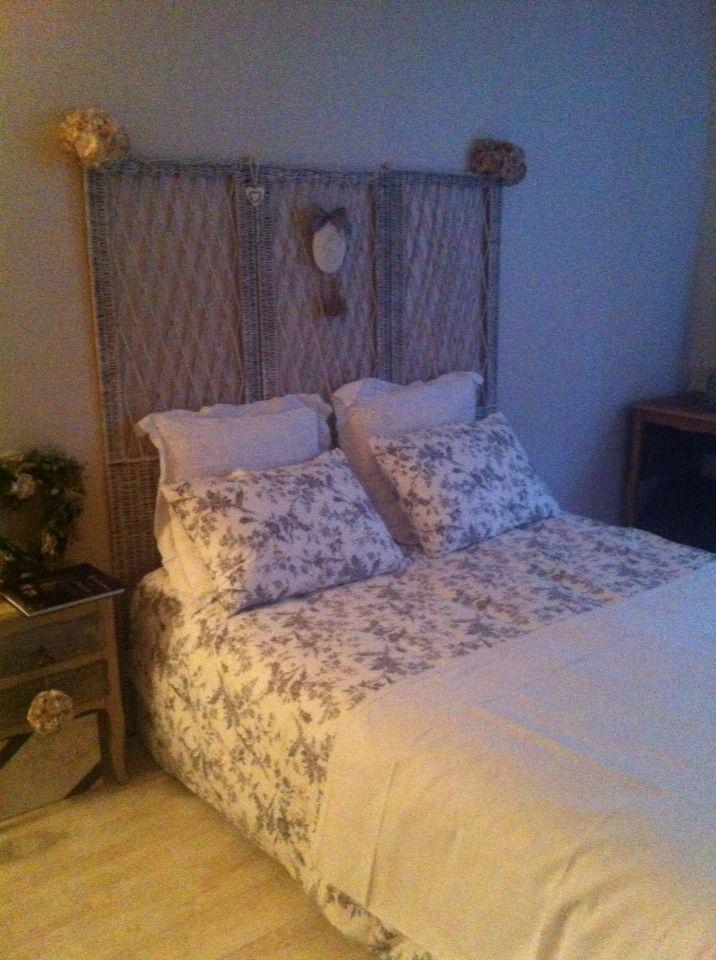 9 best beau linge images on pinterest old bed sheets home ideas and layette. Black Bedroom Furniture Sets. Home Design Ideas