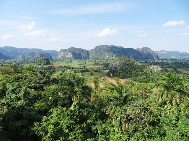 Acuerdos diplomáticos duplicarían el turismo en Cuba - http://vivirenelmundo.com/acuerdos-diplomaticos-duplicarian-el-turismo-en-cuba/4703