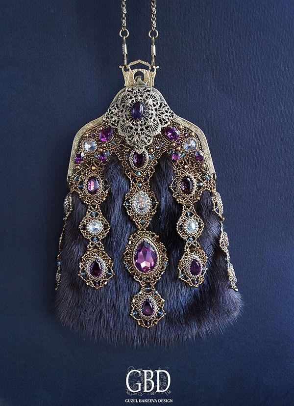 Меховая сумочка