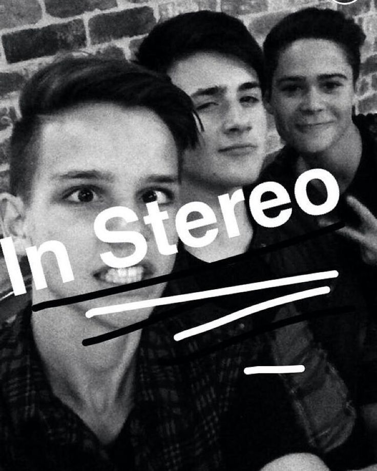 Ethan is so damn cute so is Chris and Jakob. in stereo is just awsome!!!