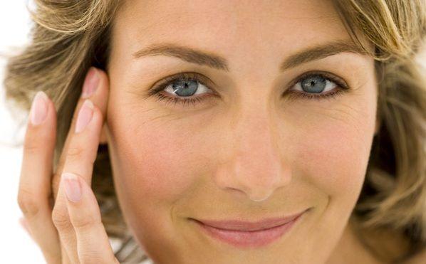 Πώς να Προλάβετε τη Γήρανση του Δέρματος - Το νεανικό δέρμα οφείλει στο κολλαγόνο, την αντοχή και τη σφριγηλότητά του, στην ελαστίνη την ελαστικότητά του...