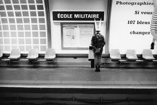 Mises en scènes du nom des stations du métro de Paris metro paris litteral 05 photographie bonus