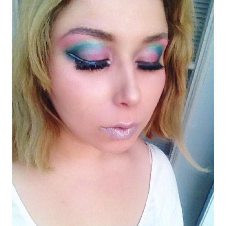 Porygon inspired makeup look! #porygon #pokemon #pokemonmakeup #cosplay #cosplaymakeup #blueeyeshadow #pinkeyeshadow #motd #makeup #selfie #brightmakeup ft. #shirocosmetics @shirocosmetics  for eyeshadows as well as #toofaced @toofaced  Chocolate Bon Bons Palette. @fabledfragrances lipgloss mixed with @occmakeup black lip gloss mixed in!
