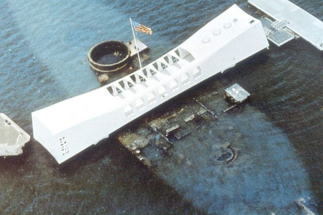 What's the best way to see Pearl Harbor? Here are 10 visitor tips from 10 different Pearl Harbor experiences - ranging from memorials to tours to sights.