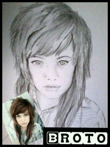 Lady on papper with 2B pencil