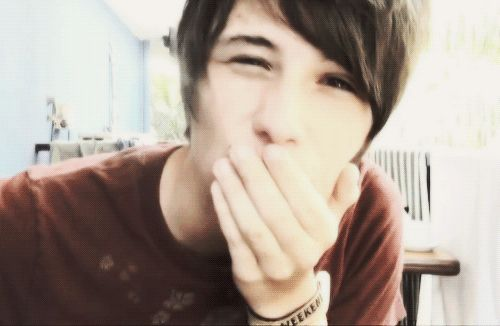 Dan-kiss PASS IT ON!!!! ok, will wait until I can breathe again before I do whatever it is im doing