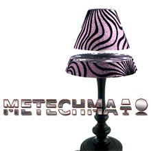 Zwevende lamp / Antigravity lamp  Zwevende lamp met electromagnetischme  Leuke bijzondere lamp met een deels zwevende lampenkap in diverse mooie varianten. De lampenkap wordt op een afstand gehouden van ca 2 cm.   3 verlichting standen, deze wordt bediend door een touch sensor onder op de voet. De lamp heeft een totale hoogte van ca. 42 cm. Kleur  zwarte klasieke voet, paarse glitter kap, zwart zebra motief.  www.metechma.nl 109.99 / gratis verzending binnen NL