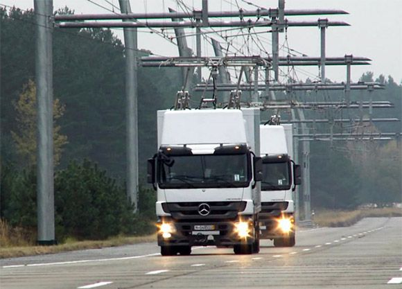 eHighway electric lines to power hybrid trucks in