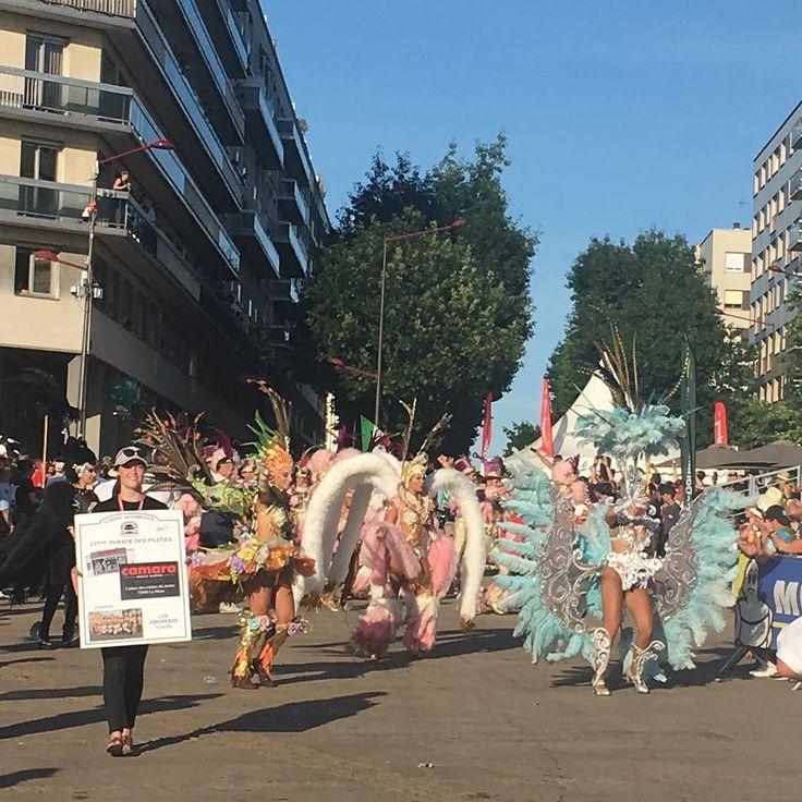 Le Parade - 24 Heures du Mans   _____________________________ FOLLOW @travel__creative Tag #travelcreative  _____________________________ #party #partytime #france #WEC #LeMans #jotasport #travelblog #photography #photooftheday #carnival #lifestyle #lifestyleblog #blueskies #summer #heatwave #adventure #wanderlust #racing #lemans24 #24heures #24hours