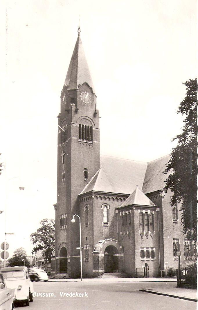 #Bussum, Vredekerk. #gooisemeren