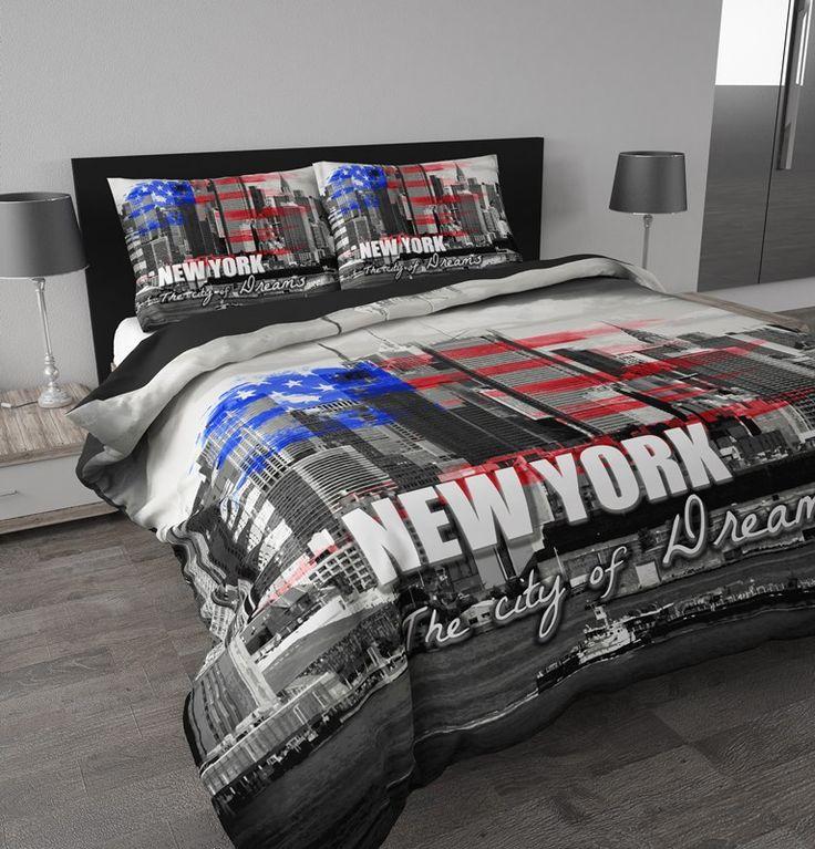 Een prachtig zicht over de skyline van New York! Dit heerlijk zachte dekbedovertrek 'New York Dreams' van het bekende merk Sleeptime zorgt voor een gaaf detail in de slaapkamer. De welbekende skyline van New York afgebeeld in zwart/wit met in vintage stijl de Amerikaanse vlag erover bedrukt. Daaronder in grote, stoere letters: New York, the city of dreams. Dromen over New York? Duik snel onder je nieuwe dekbedovertrek!
