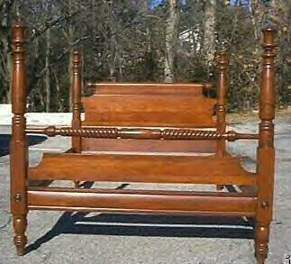 Willett Furniture...cherry Full Size Bed