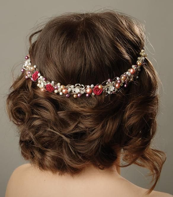 Bohemian-Updo  cool way to wear a head band