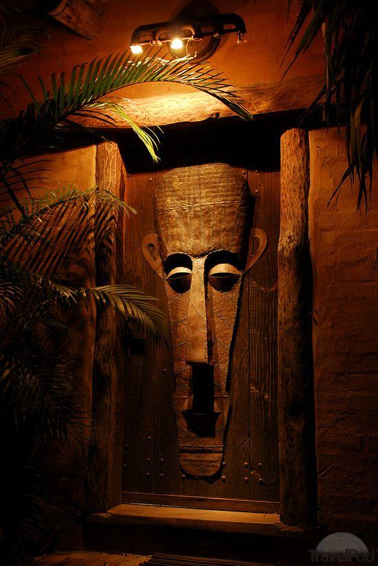 Door in Cape Town South Africa.: Art Africans Art Sculpture, Town South Africa, Africans Doors, Africans Decor, Capes Town, Africans Inspiration, Africans Masks, Decor Doors, Doors Art