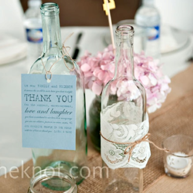 LOVE the thank you notes on the wine bottles that do not have a monogram on them.: Idea, Recycled Jars, Recycled Bottles, Simple Centerpieces, Tables Numbers, Bottle Centerpieces, Wine Bottle, Rustic Centrepieces, Center Pieces