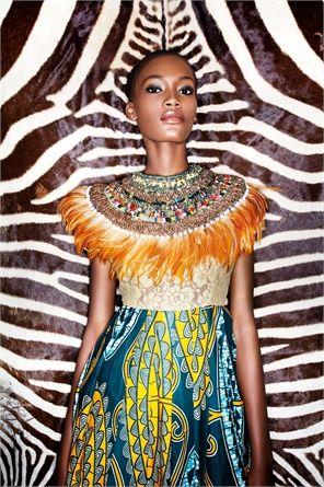 Abito Kinabuti, collare Anita Quansah ©Marcello Bonfanti