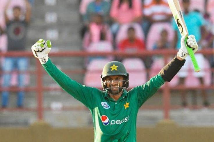 jamuna sports desk: Shoaib Malik hit a majestic six to secure his century and a six-wicket victory a