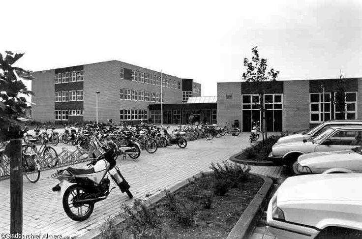 MBO college 1990