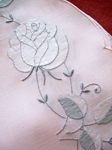 White Roses on Pink Linen Placemats