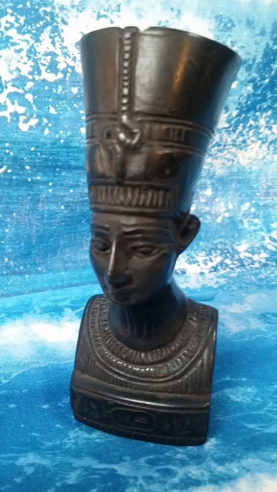 Queen Nefertiti  Resin Bust 120MM High Tutankhamun - Excellent Detailing - Heavy
